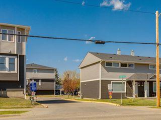 Photo 33: 266 REGAL Park NE in Calgary: Renfrew Row/Townhouse for sale : MLS®# A1059022