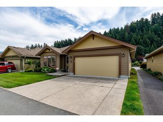 "Photo 1: 18 46000 THOMAS Road in Sardis: Sardis East Vedder Rd House for sale in ""Halcyon Meadows"" : MLS®# R2398563"