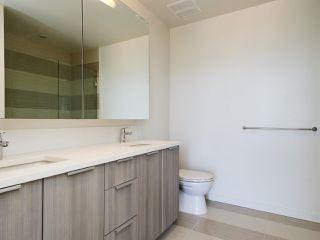 "Photo 19: 3302 13308 CENTRAL Avenue in Surrey: Whalley Condo for sale in ""EVOLVE"" (North Surrey)  : MLS®# R2400539"