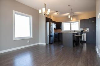 Photo 8: 10 Tweed Lane in Niverville: The Highlands Residential for sale (R07)  : MLS®# 1927670