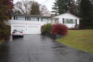 Photo 1: 6480 CABELDU Crescent in Delta: Sunshine Hills Woods House for sale (N. Delta)  : MLS®# R2422895