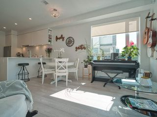 """Photo 3: 101 321 E 16TH Avenue in Vancouver: Mount Pleasant VE Townhouse for sale in """"ARNE"""" (Vancouver East)  : MLS®# R2467350"""