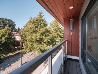 "Photo 14: 101 321 E 16TH Avenue in Vancouver: Mount Pleasant VE Townhouse for sale in ""ARNE"" (Vancouver East)  : MLS®# R2467350"