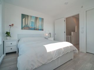 """Photo 15: 101 321 E 16TH Avenue in Vancouver: Mount Pleasant VE Townhouse for sale in """"ARNE"""" (Vancouver East)  : MLS®# R2467350"""