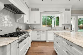 Photo 4: 5016 STEVENS Place in Delta: Tsawwassen Central House for sale (Tsawwassen)  : MLS®# R2493418