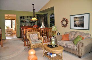 Photo 3: 10439 10 Avenue in Edmonton: Zone 16 House for sale : MLS®# E4218720