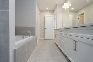 Photo 18: 1391 Graydon Hill Way in Edmonton: Zone 55 House for sale : MLS®# E4170573