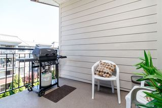 """Photo 12: 418 2343 ATKINS Avenue in Port Coquitlam: Central Pt Coquitlam Condo for sale in """"The Pearl"""" : MLS®# R2405860"""