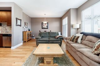 """Photo 9: 418 2343 ATKINS Avenue in Port Coquitlam: Central Pt Coquitlam Condo for sale in """"The Pearl"""" : MLS®# R2405860"""