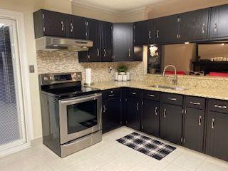 Photo 5: 9435 177 Avenue in Edmonton: Zone 28 House for sale : MLS®# E4180604