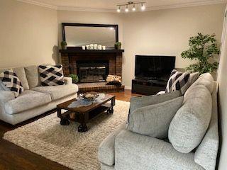 Photo 2: 9435 177 Avenue in Edmonton: Zone 28 House for sale : MLS®# E4180604