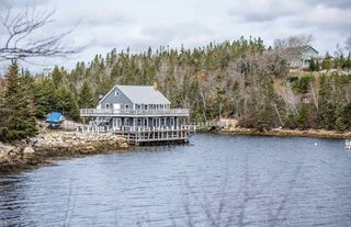 Photo 10: 2497 Highway 329 in Northwest Cove: 405-Lunenburg County Residential for sale (South Shore)  : MLS®# 202025033