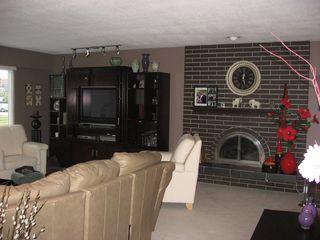 Photo 2: 7015 Union Street in Westridge: Home for sale : MLS®# V698020