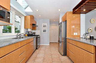 Photo 10: 1545 TRAFALGAR Street in Vancouver: Kitsilano Townhouse for sale (Vancouver West)  : MLS®# R2392914