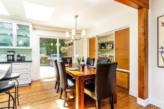 Photo 6: 15760 RUSSELL Avenue: White Rock House for sale (South Surrey White Rock)  : MLS®# R2401494