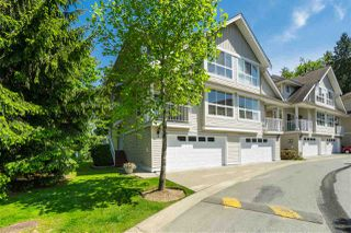 "Photo 1: 1 8568 209 Street in Langley: Walnut Grove Townhouse for sale in ""Creekside Estates"" : MLS®# R2408497"