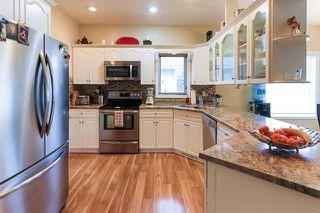 Photo 7: 4 GRANDIN LN in St. Albert: Zone 24 House for sale : MLS®# E4166911