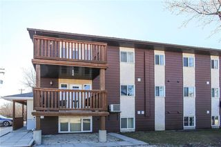 Photo 2: 8 139 First Street South in Niverville: R07 Condominium for sale : MLS®# 202021069