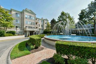 """Photo 2: 117 8580 GENERAL CURRIE Road in Richmond: Brighouse South Condo for sale in """"QUEEN'S GATE"""" : MLS®# R2505419"""
