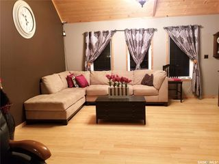 Photo 4: 203-205 Queens Drive in Nipawin: Residential for sale : MLS®# SK833623