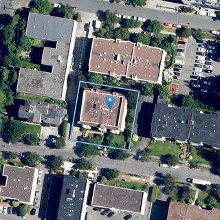 Photo 19: 106 1014 Rockland Ave in : Vi Downtown Condo for sale (Victoria)  : MLS®# 860260