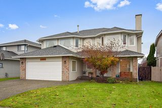 Photo 1: 22035 126 Avenue in Maple Ridge: West Central House for sale : MLS®# R2518759