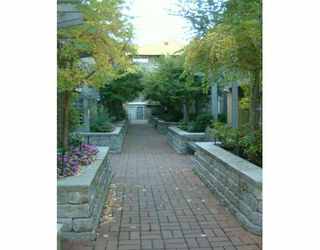 "Photo 4: 795 W 8TH Ave in Vancouver: Fairview VW Townhouse for sale in ""DOVER POINT"" (Vancouver West)  : MLS®# V616095"