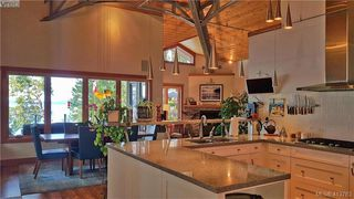 Photo 8: 1604 Storm Crescent in PENDER ISLAND: GI Pender Island Single Family Detached for sale (Gulf Islands)  : MLS®# 413763