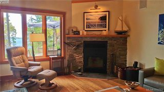 Photo 14: 1604 Storm Crescent in PENDER ISLAND: GI Pender Island Single Family Detached for sale (Gulf Islands)  : MLS®# 413763