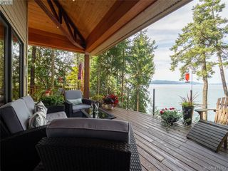 Photo 15: 1604 Storm Crescent in PENDER ISLAND: GI Pender Island Single Family Detached for sale (Gulf Islands)  : MLS®# 413763
