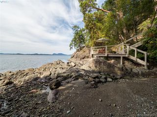 Photo 30: 1604 Storm Crescent in PENDER ISLAND: GI Pender Island Single Family Detached for sale (Gulf Islands)  : MLS®# 413763