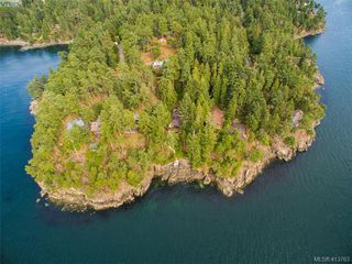 Photo 39: 1604 Storm Crescent in PENDER ISLAND: GI Pender Island Single Family Detached for sale (Gulf Islands)  : MLS®# 413763
