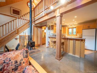 Photo 35: 1604 Storm Crescent in PENDER ISLAND: GI Pender Island Single Family Detached for sale (Gulf Islands)  : MLS®# 413763