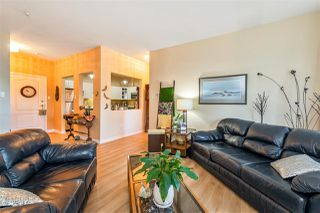"Photo 5: 303 5677 208 Street in Langley: Langley City Condo for sale in ""Ivy Lea"" : MLS®# R2412783"