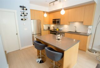 Photo 4: 215 735 West 15th Street in North Vancouver: Mosquito Creek Townhouse  : MLS®# R2387259