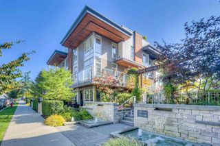 Photo 1: 215 735 West 15th Street in North Vancouver: Mosquito Creek Townhouse  : MLS®# R2387259