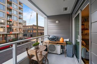 "Photo 13: 317 289 E 6TH Avenue in Vancouver: Mount Pleasant VE Condo for sale in ""SHINE"" (Vancouver East)  : MLS®# R2438872"