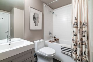 "Photo 11: 317 289 E 6TH Avenue in Vancouver: Mount Pleasant VE Condo for sale in ""SHINE"" (Vancouver East)  : MLS®# R2438872"