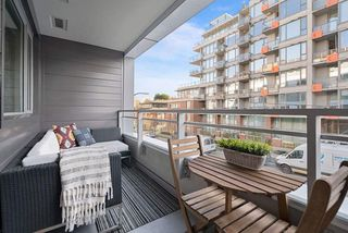 "Photo 12: 317 289 E 6TH Avenue in Vancouver: Mount Pleasant VE Condo for sale in ""SHINE"" (Vancouver East)  : MLS®# R2438872"