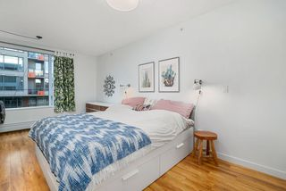 "Photo 6: 317 289 E 6TH Avenue in Vancouver: Mount Pleasant VE Condo for sale in ""SHINE"" (Vancouver East)  : MLS®# R2438872"