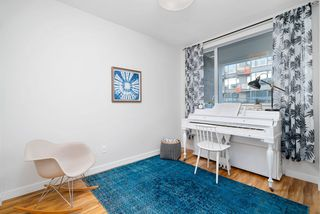"Photo 10: 317 289 E 6TH Avenue in Vancouver: Mount Pleasant VE Condo for sale in ""SHINE"" (Vancouver East)  : MLS®# R2438872"