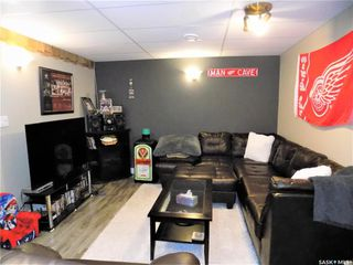 Photo 13: 401 Tache Crescent in Saskatoon: Pacific Heights Residential for sale : MLS®# SK800576