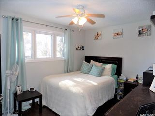 Photo 11: 401 Tache Crescent in Saskatoon: Pacific Heights Residential for sale : MLS®# SK800576