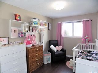 Photo 10: 401 Tache Crescent in Saskatoon: Pacific Heights Residential for sale : MLS®# SK800576