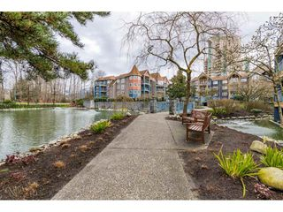 """Photo 15: 305 1190 EASTWOOD Street in Coquitlam: North Coquitlam Condo for sale in """"LAKESIDE TERRACE"""" : MLS®# R2448646"""