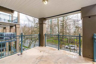 """Photo 13: 305 1190 EASTWOOD Street in Coquitlam: North Coquitlam Condo for sale in """"LAKESIDE TERRACE"""" : MLS®# R2448646"""