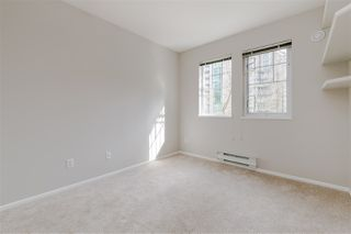 """Photo 11: 305 1190 EASTWOOD Street in Coquitlam: North Coquitlam Condo for sale in """"LAKESIDE TERRACE"""" : MLS®# R2448646"""