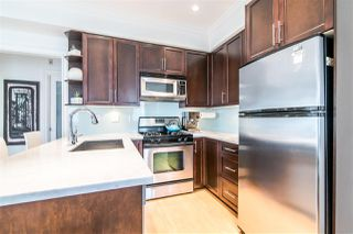 Photo 4: 2261 CAROLINA Street in Vancouver: Mount Pleasant VE Townhouse for sale (Vancouver East)  : MLS®# R2451625