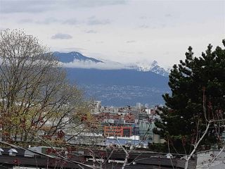Photo 17: 2261 CAROLINA Street in Vancouver: Mount Pleasant VE Townhouse for sale (Vancouver East)  : MLS®# R2451625