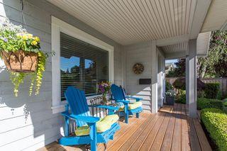 "Photo 3: 2882 MCKENZIE Avenue in Surrey: Crescent Bch Ocean Pk. House for sale in ""Crescent Beach"" (South Surrey White Rock)  : MLS®# R2460460"